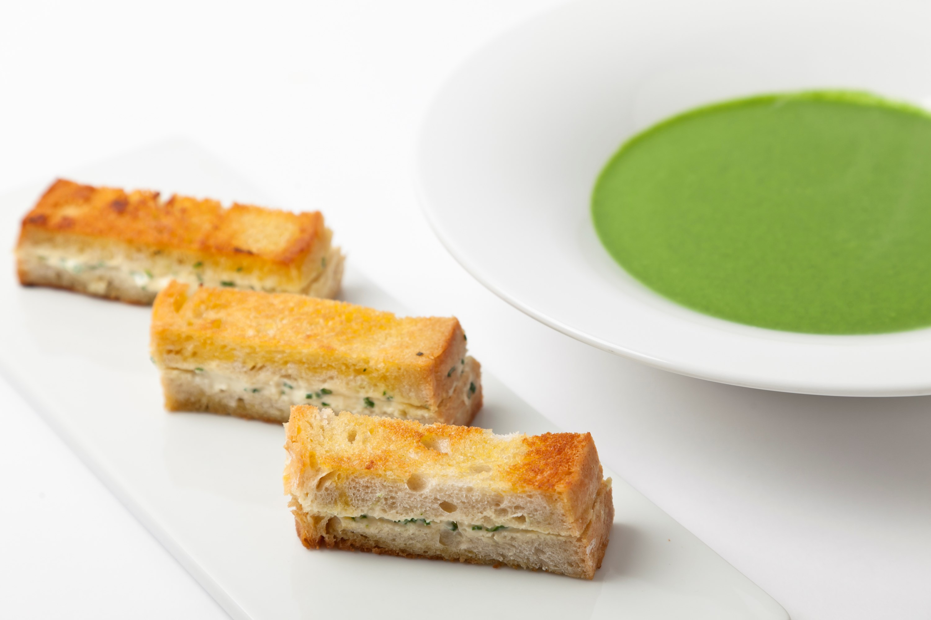 Organic Spinach Soup with Warm Wild Garlic Toasts