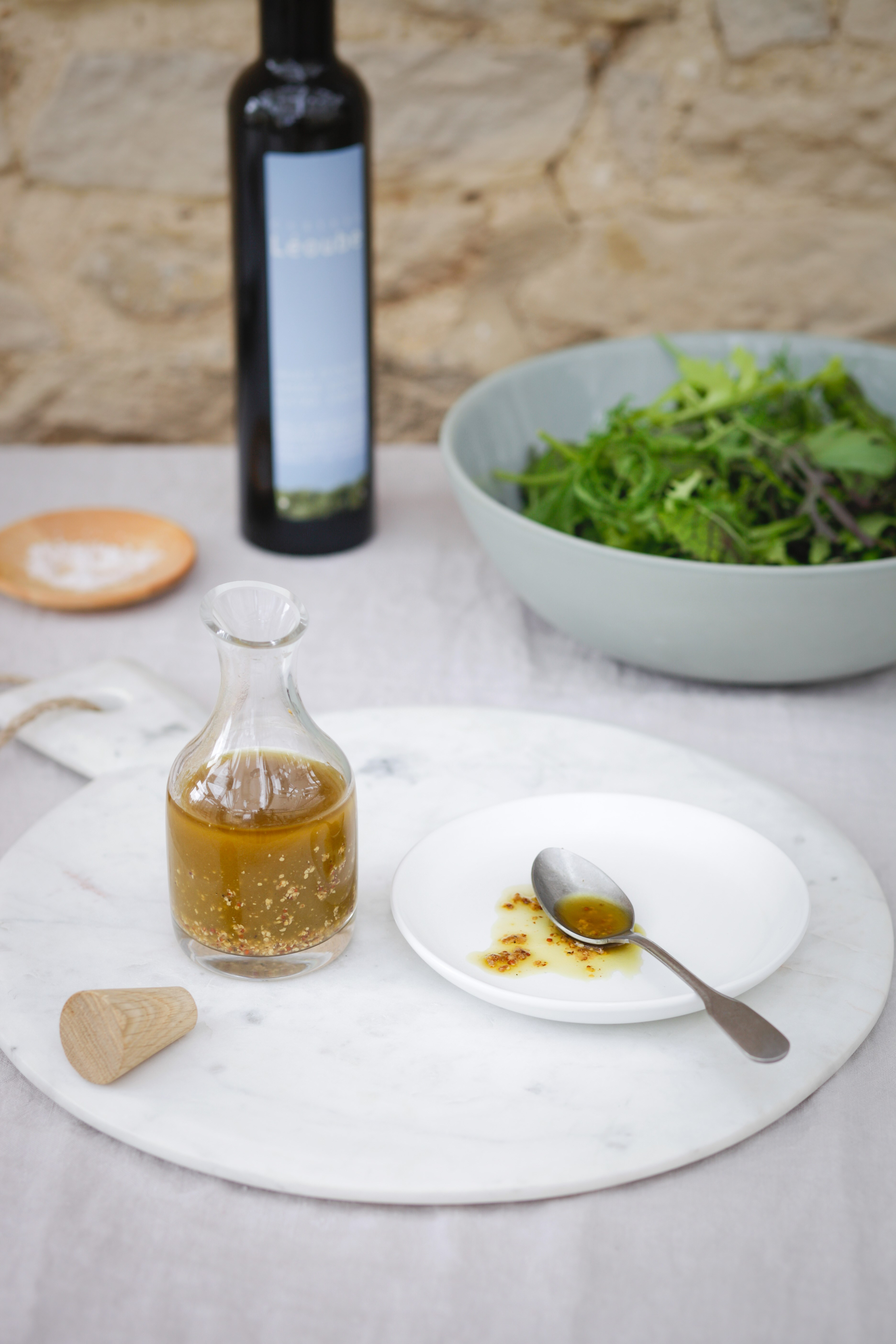 Simple Salad Dressing With Honey & Apple Cider Vinegar