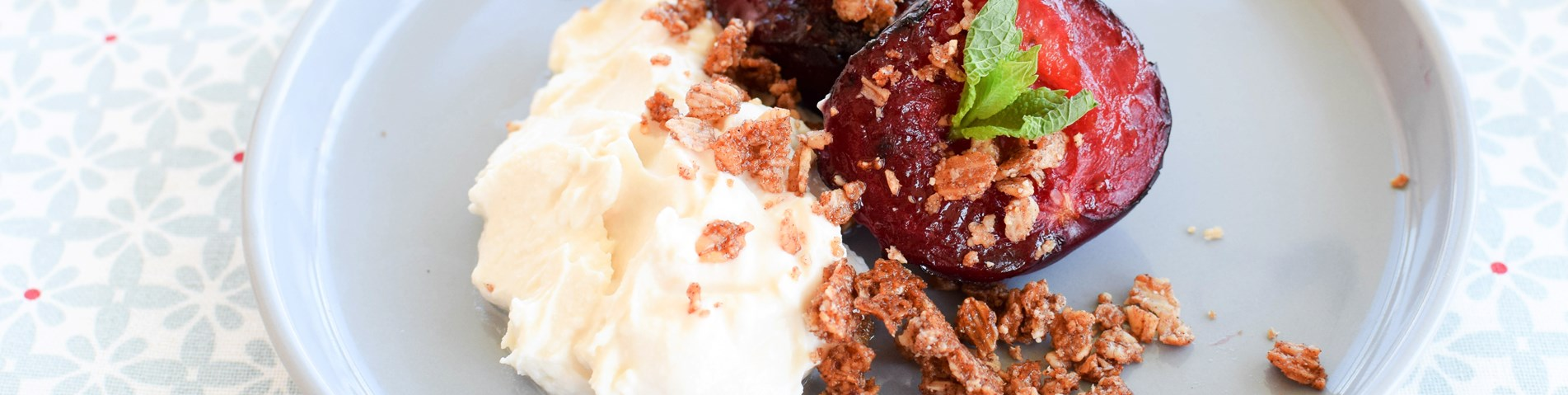 Organix - Roasted Plums & Oats Crumble.jpg