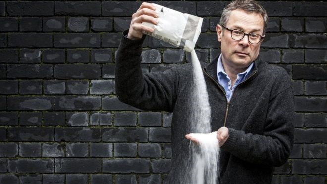 Hugh Fearnley-Whittingstall fighting sugar