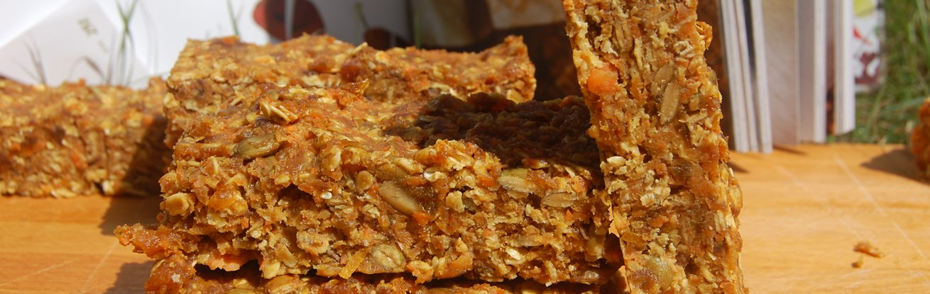 No-Bake Carrot Cake Bars
